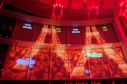 Multi Player Game Projection for Santos de Cartier Party